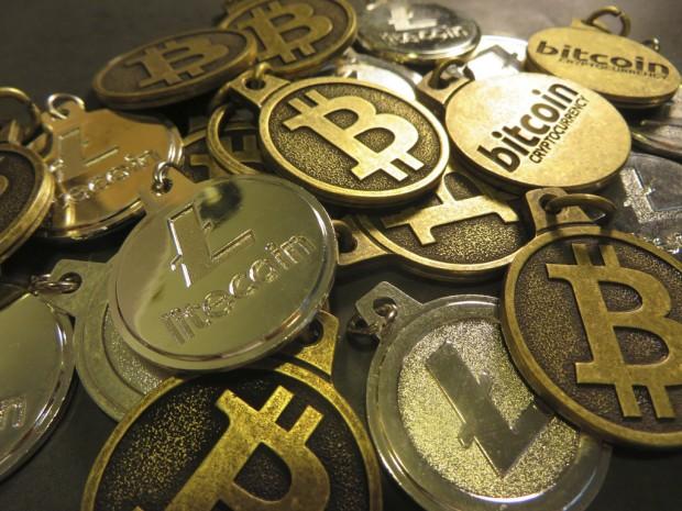 bitcoins-620x465